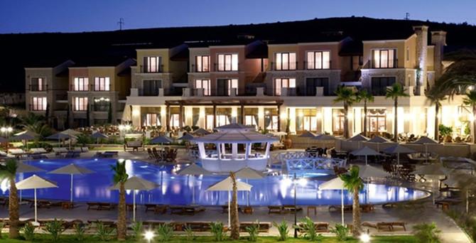 Corendon, Çeşme'de iki otel açtı