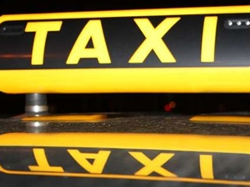 Fransız taksiciler greve gitti