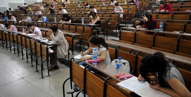 Üniversite sınavı için 953 bin başvuru