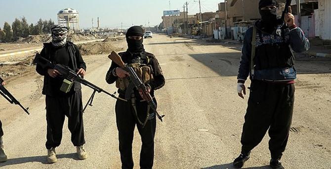 IŞİD, Türkmen bölgesini ateş altına aldı
