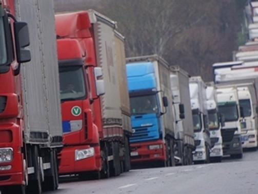 60 TIR şoförü kaçırıldı