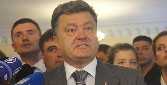 Poroşenko, ABD'den daha fazla silah istedi