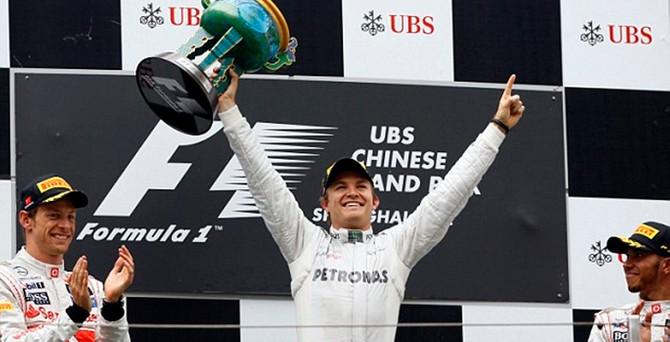 Mercedes AMG Petronas'tan Avusturya'da duble