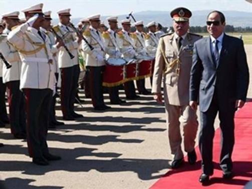 Sisi'nin ilk yurtdışı ziyareti Cezayir'e