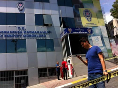 Türk bayrağını indiren zanlı intihar etti