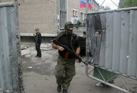 Donetsk'te çatışmalar sürüyor