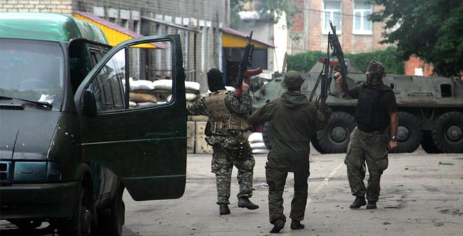 Ukrayna'da 700'e yakın asker rehin