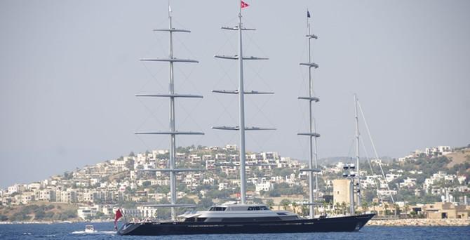 'Dünyanın en modern yelkenlisi' Bodrum'da