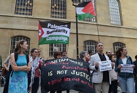 BBC'ye taraflı İsrail yayını protestosu