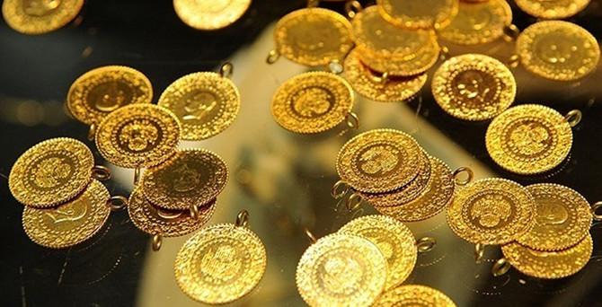 Altın 3,5 ayın en yüksek seviyesini gördü