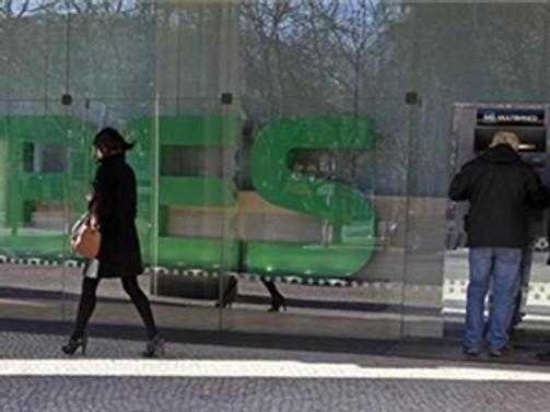 Banco Espirito Santo zarar ettirdi