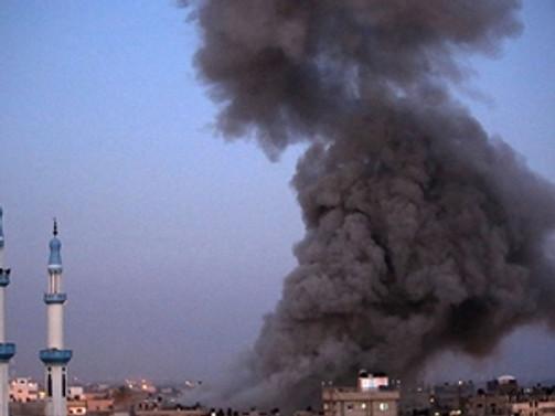 İsrail Filistin İçişleri Bakanlığı binasını bombaladı
