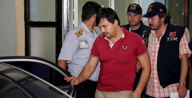Gözaltına alınanlardan 22'si adliyeye sevk edildi