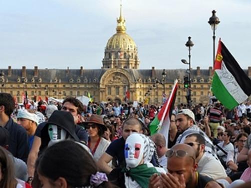 Danıştay da Paris'te protestoya izin vermedi