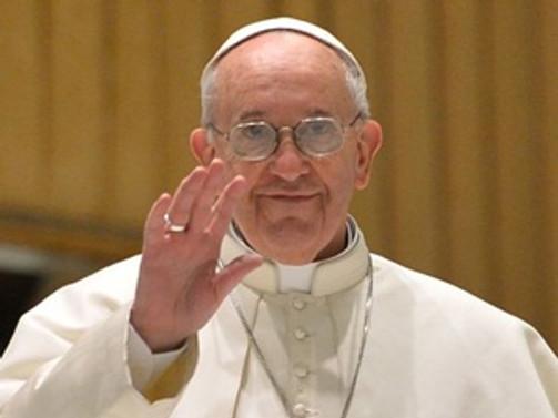 Papa dünyayı ''yeni tehditlere'' karşı uyardı