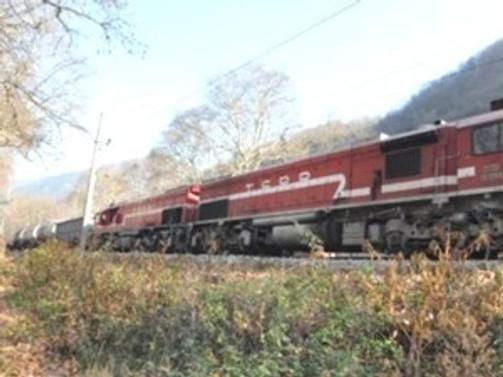 Kars'ta yük treni kazası