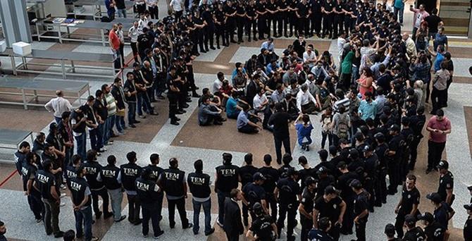 33 polisin sorgusu sürüyor