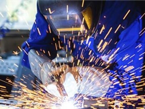 İngiltere'de imalat sektörünün büyümesi hız kesti