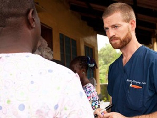 Ebola taşıyan doktor ABD'ye getirildi