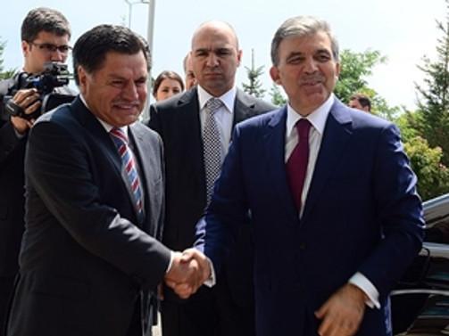 Gül'den AYM Başkanı'na veda ziyareti