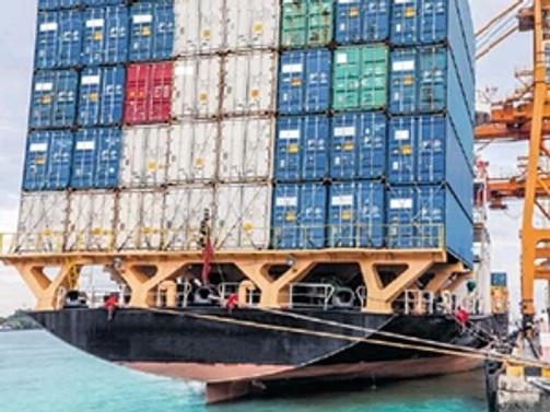 Trabzon'da ithalat düştü, ihracat arttı