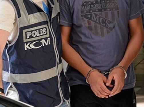 Yakalama kararı çıkarılan polis teslim oldu