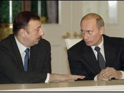 Putin ile Aliyev bir araya geldi