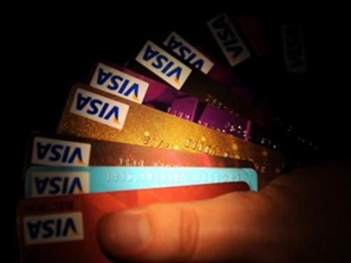 Tüketici kredileri ve kredi kartı kullanımı arttı