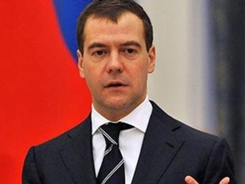Medvedev istifa etti!