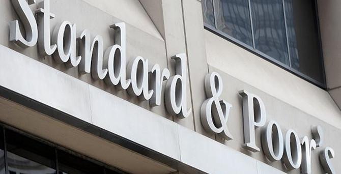 S&P, Rusya'yı negatif izlemeye aldı