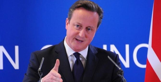 Cameron'dan İskoç seçmenlere 'bizimle kalın' çağrısı