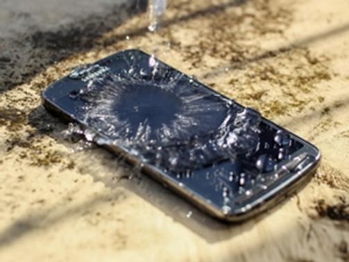 Suya düşen cep telefonlarına 'pirinç' formülü