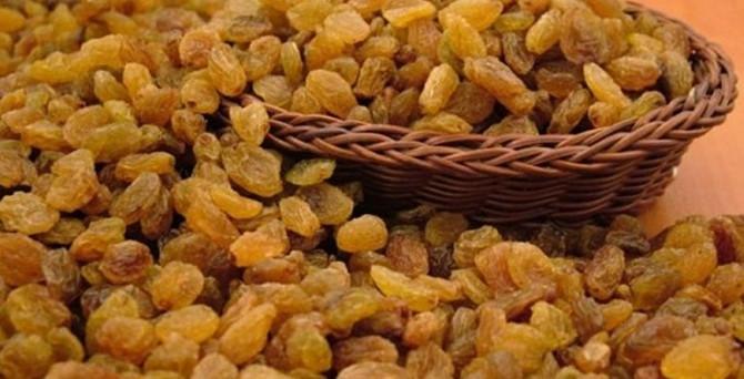 İlk ürün kuru üzüm borsaya getirildi