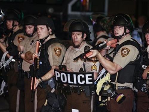 Polis birimleri askeri teçhizatla donatılacak