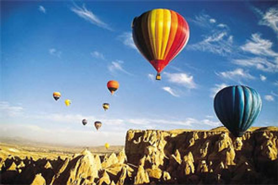 Kapadokya'da balon turlarına ilgi artıyor