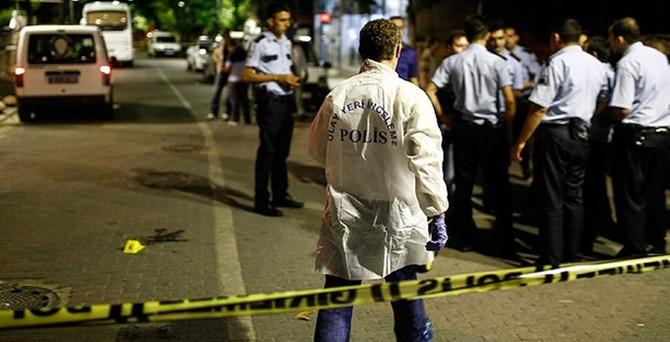 Diyarbakır'da silahlı saldırıya uğrayan polis şehit oldu