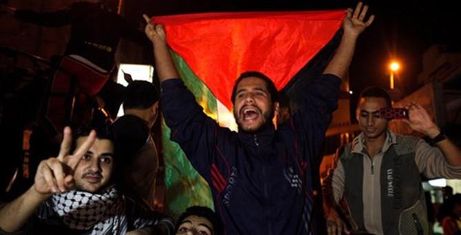 Gazze'de ateşkes kutlamaları