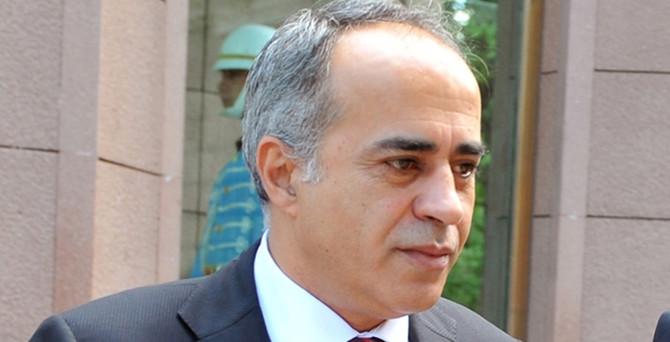 Gül'ün Basın Başdanışmanı istifa etti