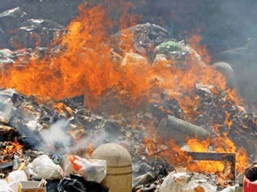 Çöplerin yakılması havayı sanılandan daha fazla kirletiyor