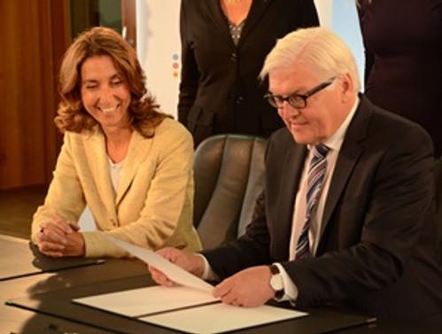 Steinmeier, 'Çeşitlilik Sözleşmesi'ni imzaladı
