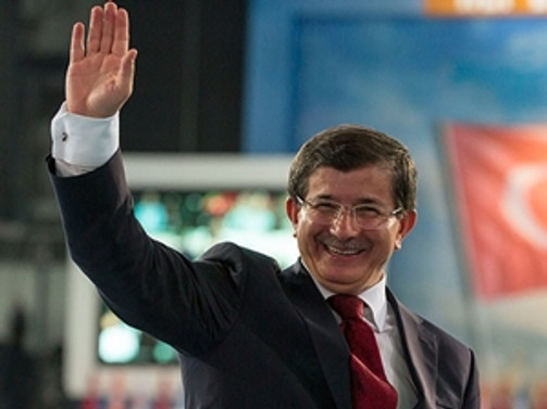 Başbakanlık vekaleti Davutoğlu'na verildi
