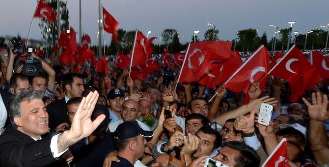 Gül, İstanbul'a geldi