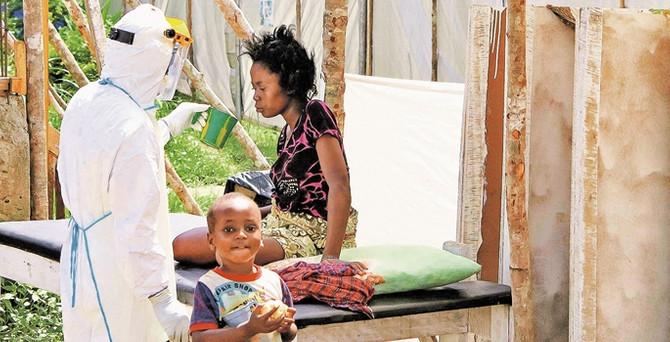 Ebola salgınında 4 bin 877 kişi öldü