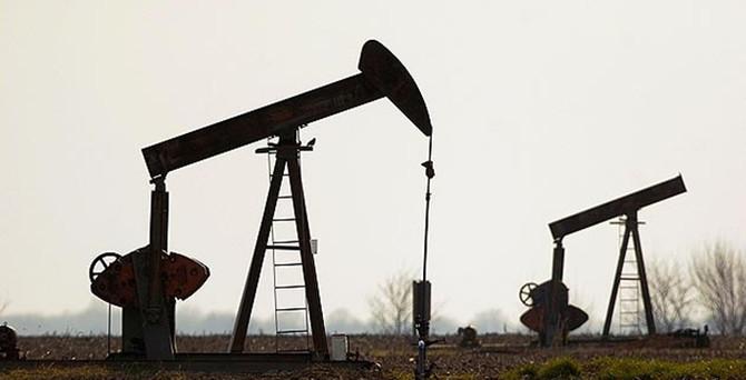 Petrol 5 ayda 40 dolar geriledi