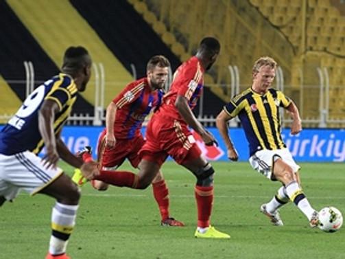 Fenerbahçe lige galibiyetle başladı