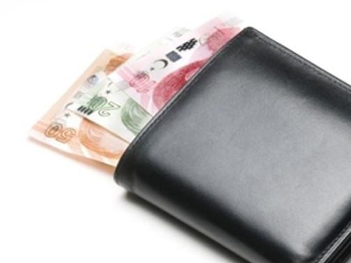 Yoksulluk sınırı bin 999 lira