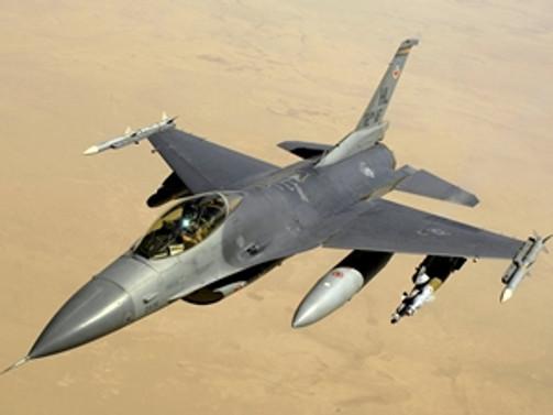 TUSAŞ, Pakistan F-16'larını teslim ediyor