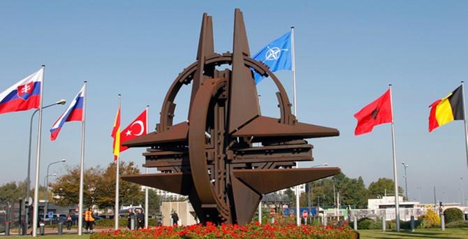 NATO'dan Rusya'ya kınama