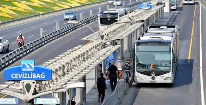 Metrobüs yolunda 90 günlük çalışma