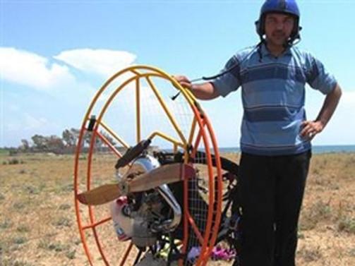 Adana'da microlight tipi uçak düştü: 1 ölü